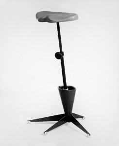 Sta/zitsteun 1960, ontwikkeld voor textielindustrie Twente (i.s.m. bedrijfsarts)